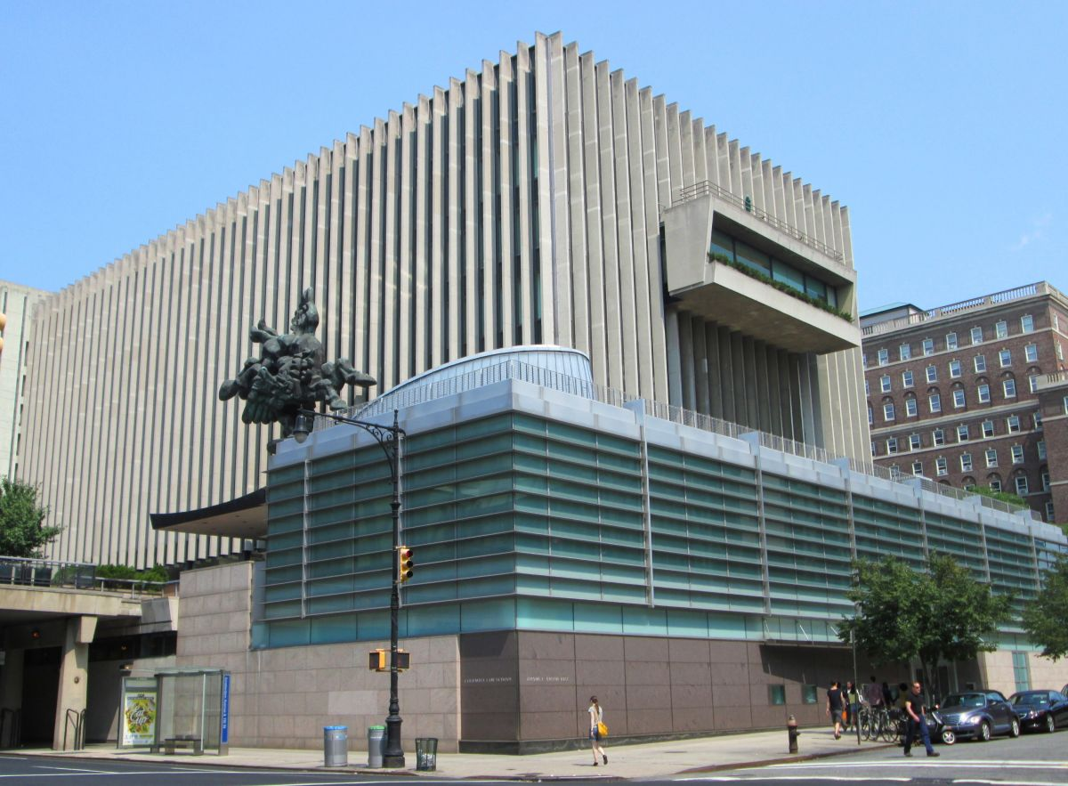 2014_Columbia_Law_School_from_Amsterdam_Avenue