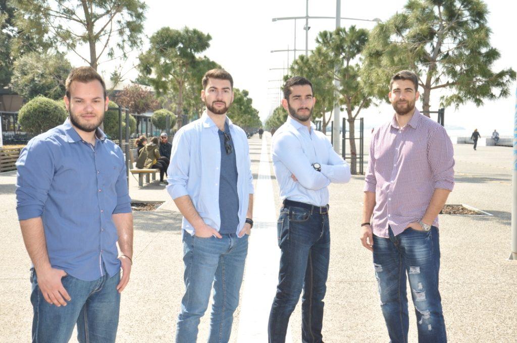 Από αριστερά: Άγγελος, Βασιλειάδης, Σταύρος Μάλλιαρης, Κώστας Μουστίδης, Δημήτρης Μουδιώτης