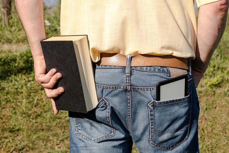 Ανάγνωση: γιατί δε διαβάζουν πια οι νέοι;
