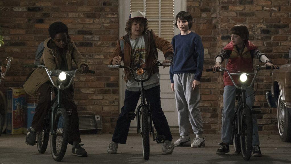 Stranger Things δεύτερη σεζόν