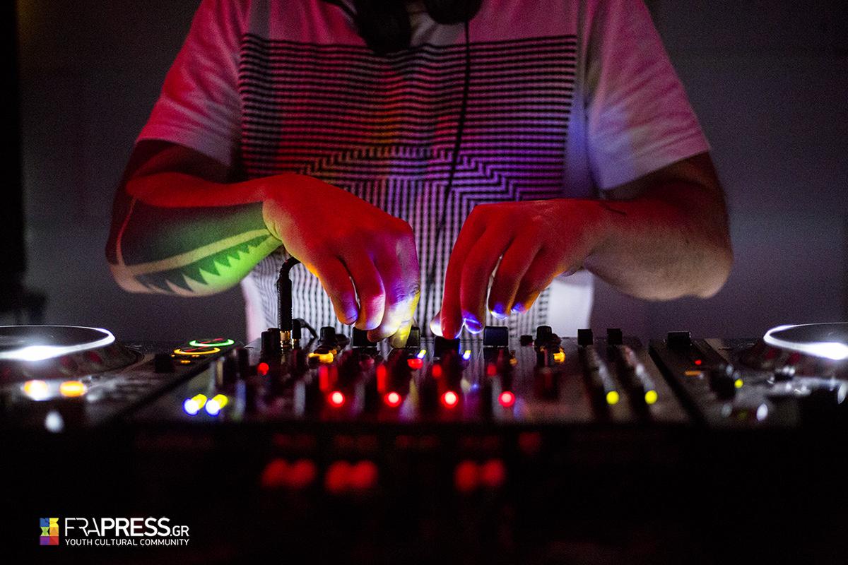 Κ.Βήτα & Μιχάλης Δέλτα: Νοσταλγία γαρ για τους Stereo Nova