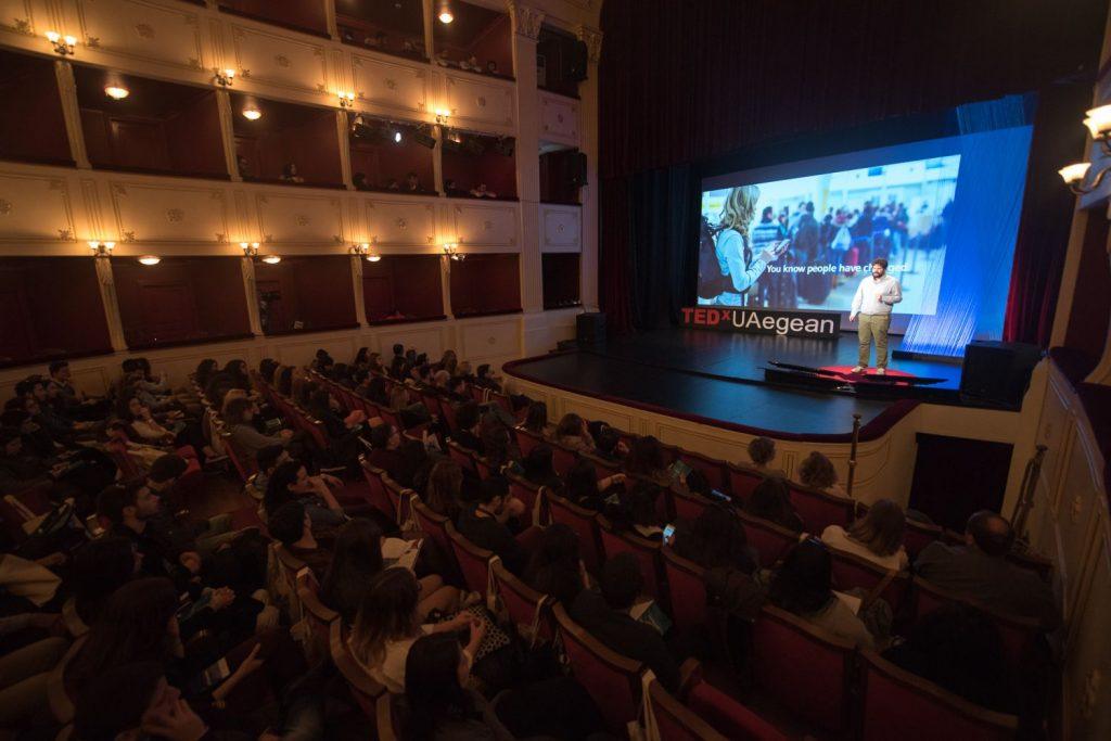 Γνωρίζοντας το TEDxUAegean και τη Σύρο μέσω του Γιώργου Αχιλλιά!
