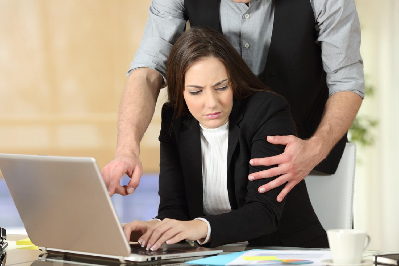 Σεξουαλική παρενόχληση στον χώρο εργασίας