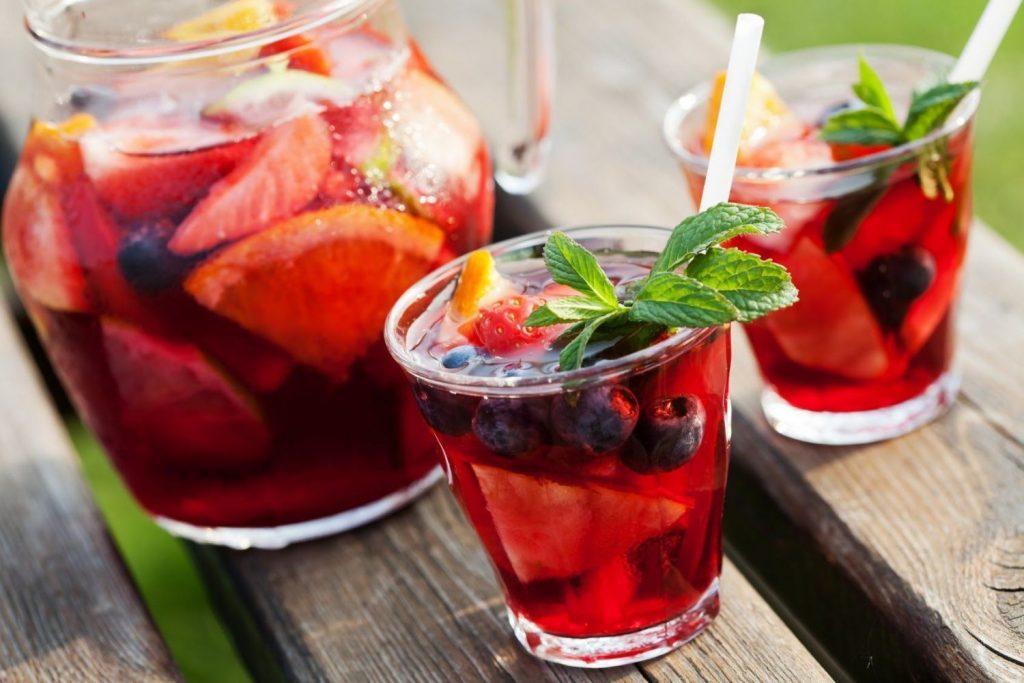 8 δροσερά κοκτέιλ χωρίς αλκοόλ που μπορείς να φτιάξεις μόνος σου!